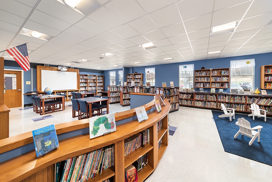 RSU #21, Kennebunkport Consolidated Elementary School library photo