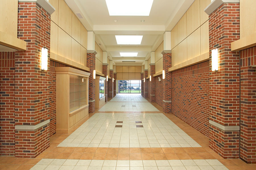 Chevras High School Hallway