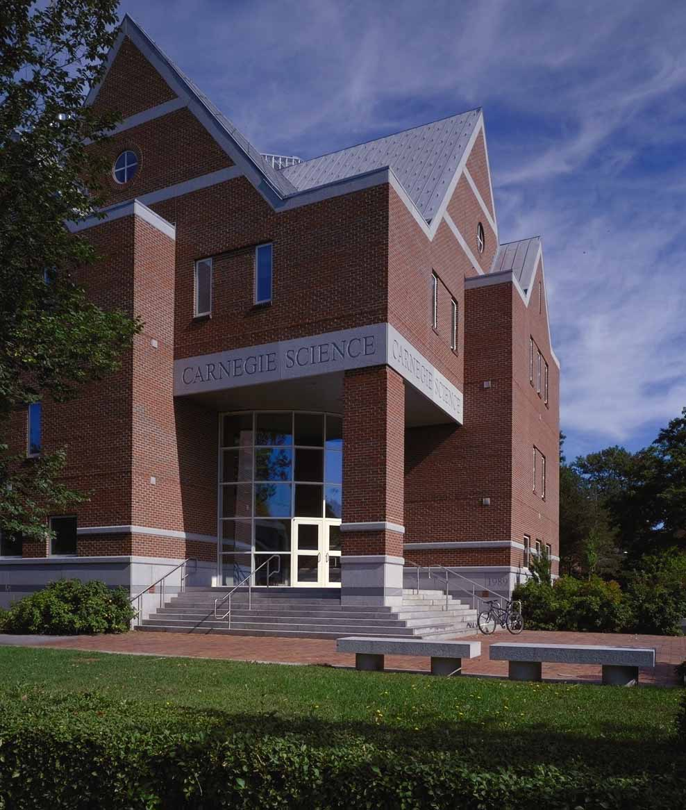 Bates College Carnegie Science Hall