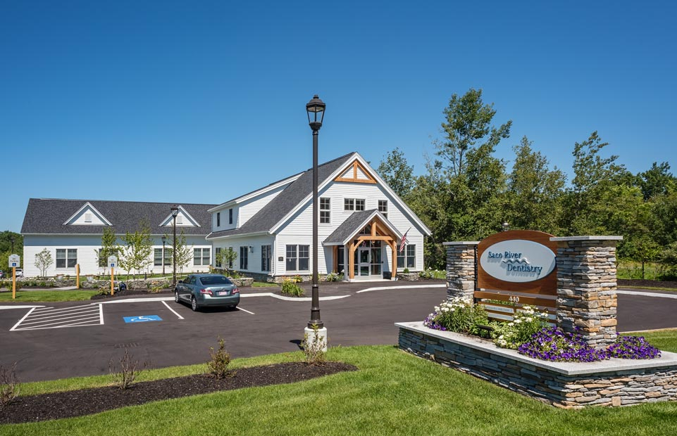 Saco River Dentistry front entrance photo